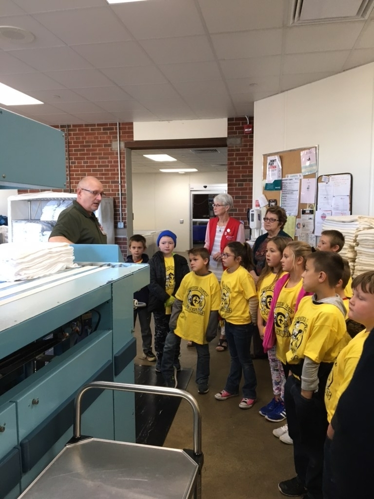 2nd Grade Travels to Passavant Area Hospital