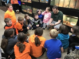 4th Grade Travels to Pet Supplies Plus